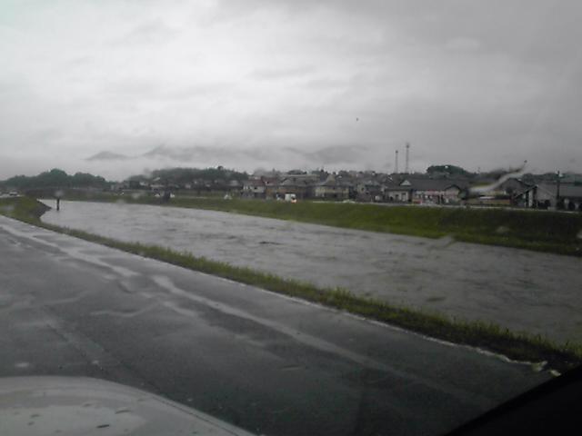 すげ~バイ(>_<)雨雨雨が #chikuhou #tagawa
